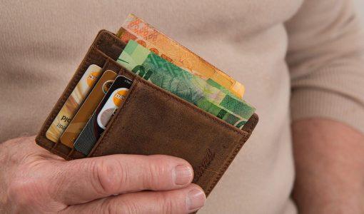 Pozytywna historia kredytowa - portfel, karty